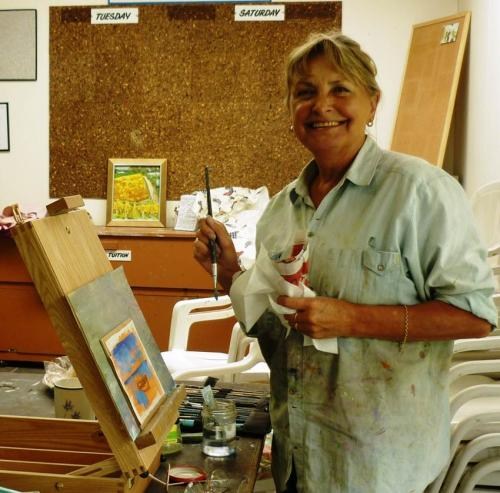 Palette News editor Beverley Scofield, another Sunday self-help group artist
